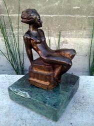 Pretty bronze on marble base.